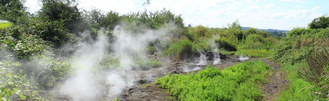 Fumerolles sur le terril du marais de fouquières